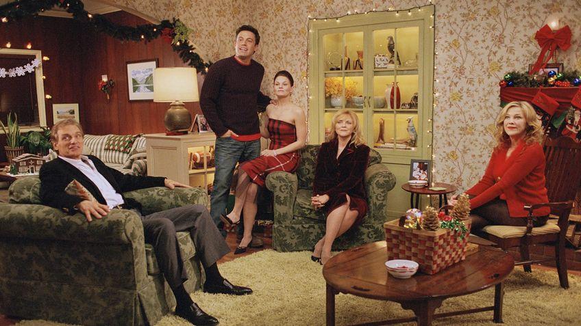 Surviving Christmas.Surviving Christmas Is Surviving Christmas On Netflix